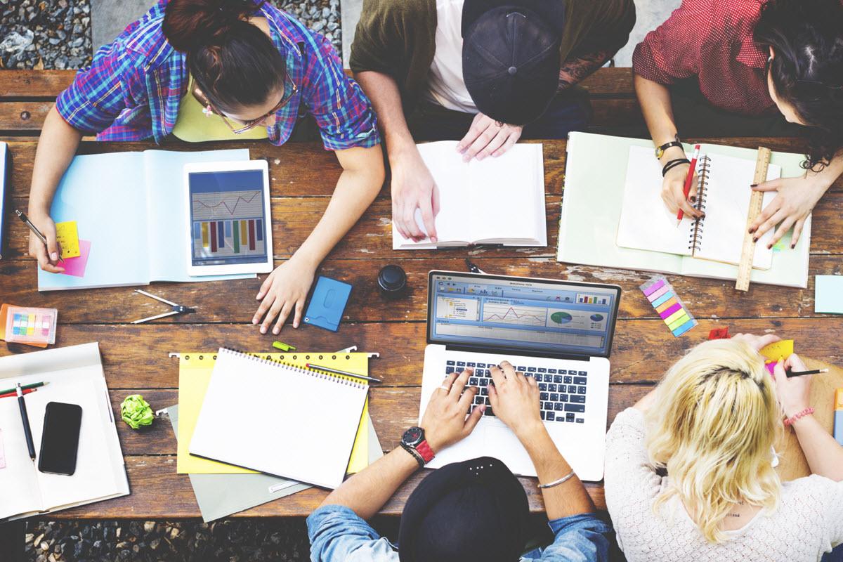 مدیریت پروژه و کار گروهی